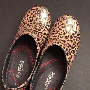 Leopard Print Nursing Clogs Size 1